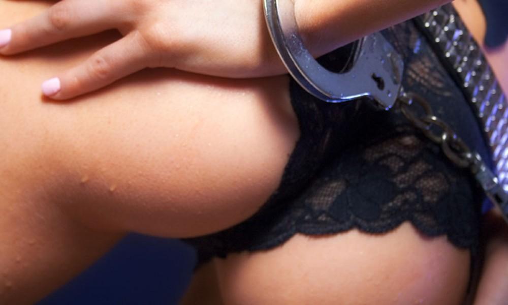 Stidljiva supruga seks video